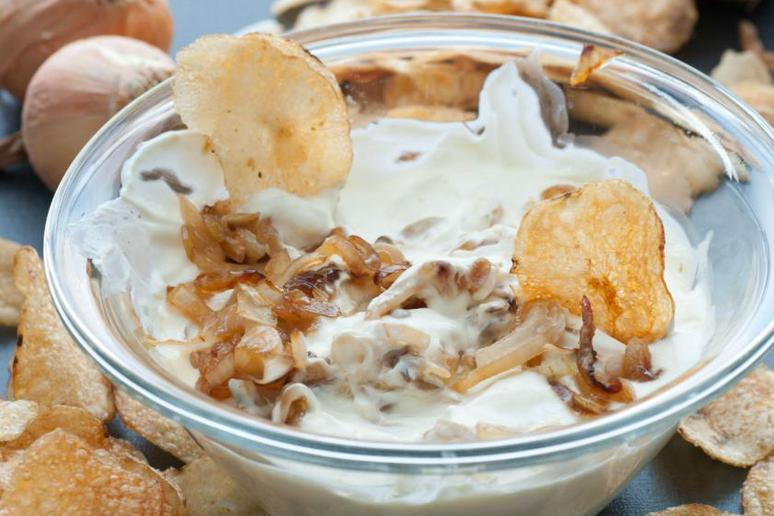 Slow-Cooker French Onion Dip