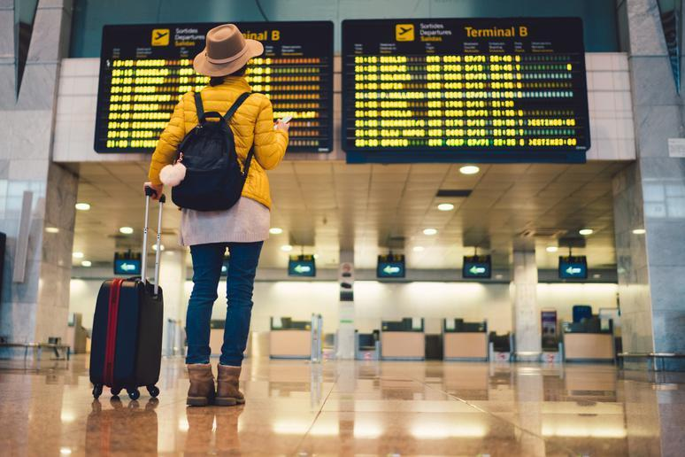 Airlines often lie about flight arrival times