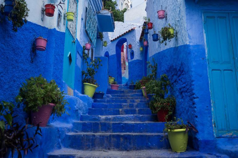 Blue streets (Chefchaouen, Morocco)