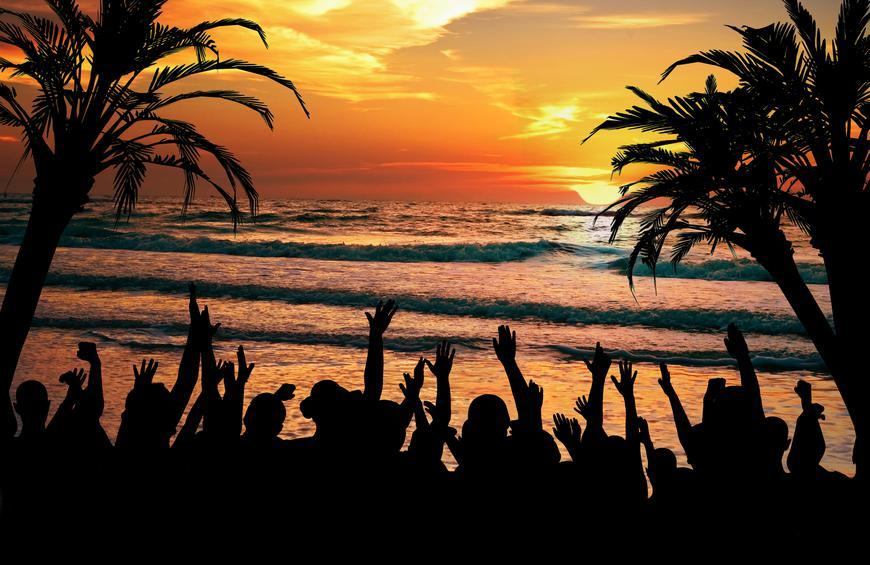 15 Best Beach Towns for Partying