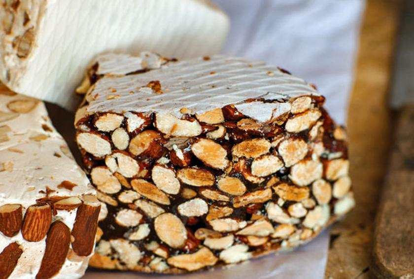 Nougatine with Almonds and Honey