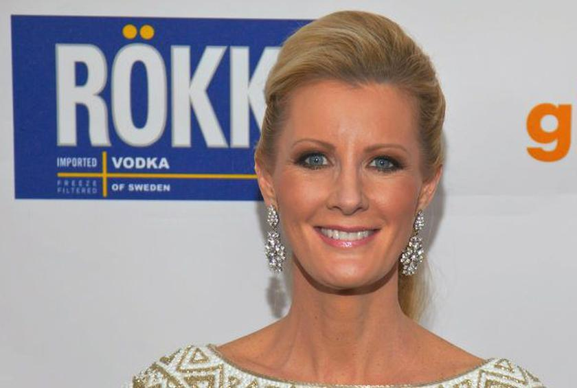 Sandra Lee Hospitalized for Possible Surgery-Related Infection
