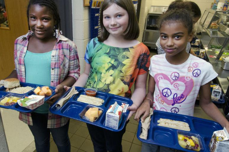 New York City to Offer Free Lunch in All Public Middle Schools