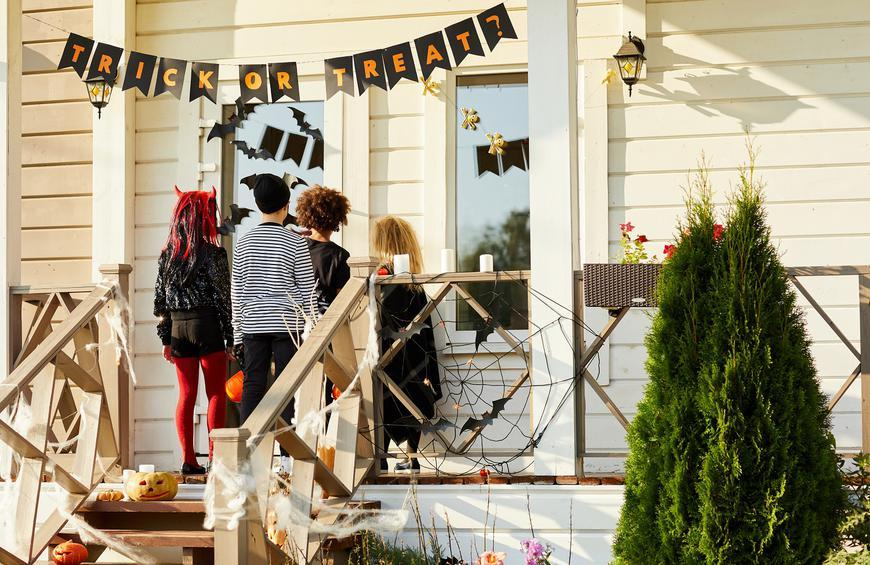 Halloween Tricking Treating In Ft Myers 2020 Social Distancing Trick or Treat Ideas for a Safer Halloween