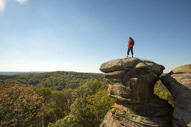 Illinois: Shawnee Hills Wine Trail and Garden of the Gods (Pomona and Herod)