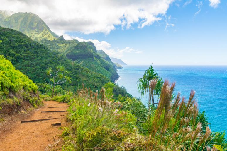 Hawaii - The Kalalau Trail in Kauai