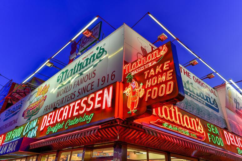 Nathan's Hot Dogs (Coney Island, New York)