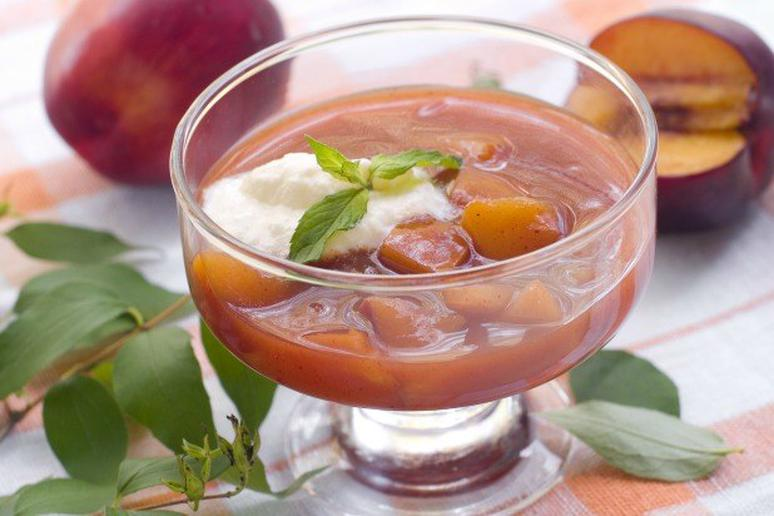 Plum Soup with Cinnamon and Cloves