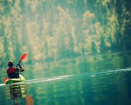 20 Health Benefits of Kayak Exercise