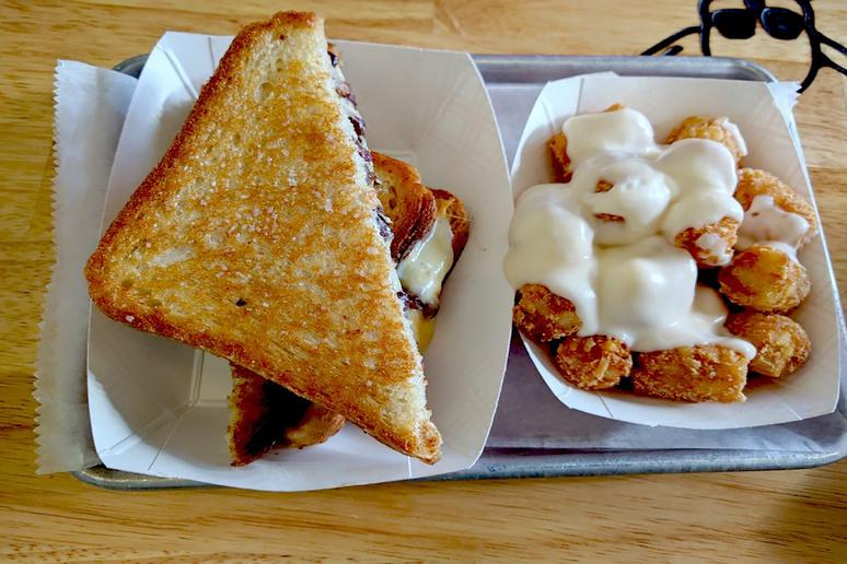 #49 Roxy's Gourmet Grilled Cheese, Boston