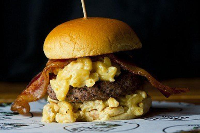 Mel's Widowmaker Burger - 100% Black Angus beef, macaroni and cheese, and bacon.