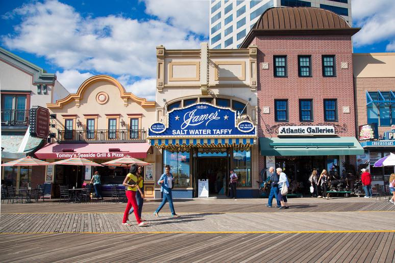 Atlantic City Boardwalk (Atlantic City, N.J.)