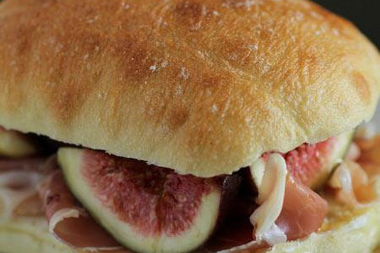 Fig, Goat Cheese, and Prosciutto Sandwich