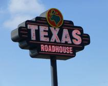 Texas Roadhouse Sees Double-digit Revenue Growth and More Industry News