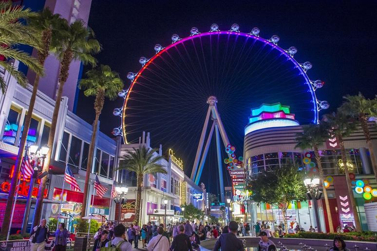 Lights at The LINQ