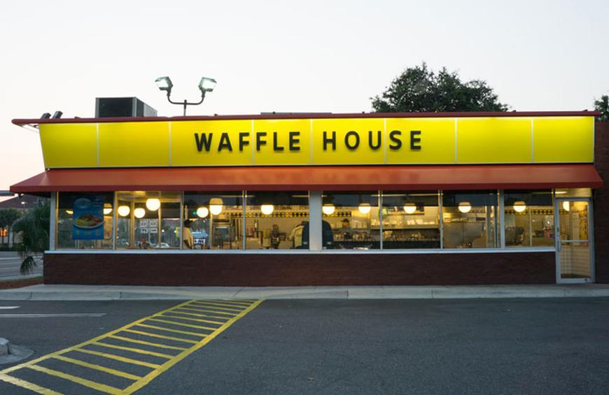 They Serve Two Percent Of The Eggs Used In The Food Service Industry From 10 Things You Didn T Know About Waffle House The Daily Meal