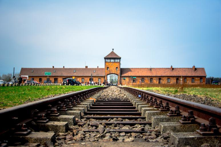 Remember the Holocaust in Poland