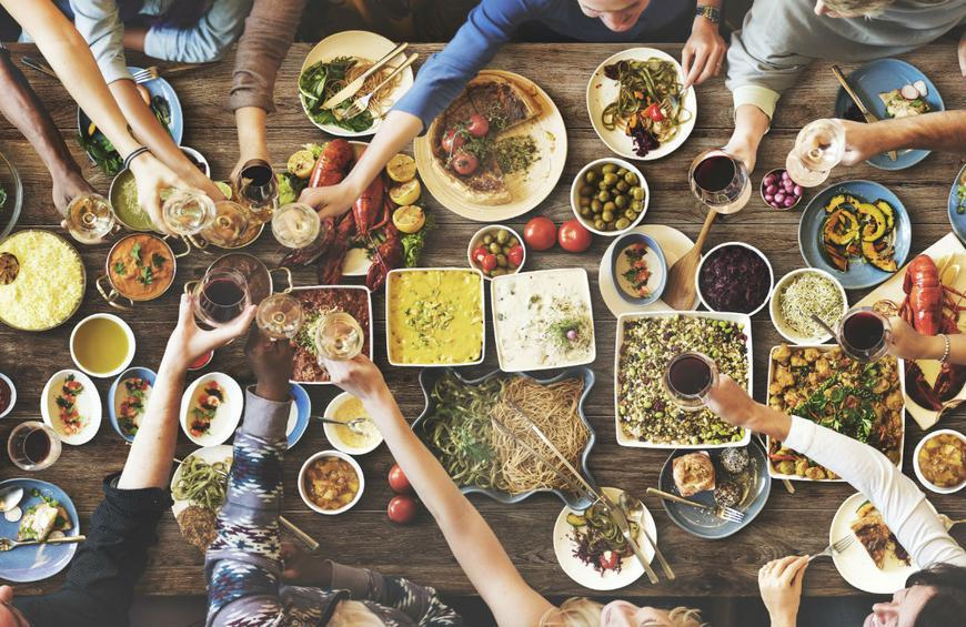 20 Simple Steps for a Stress-Free Dinner Party