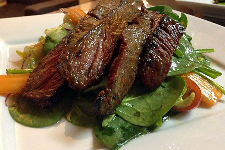 Spinach and Steak Salad with Ginger Dressing