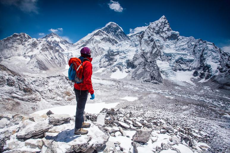 Trekking Mount Everest in Nepal