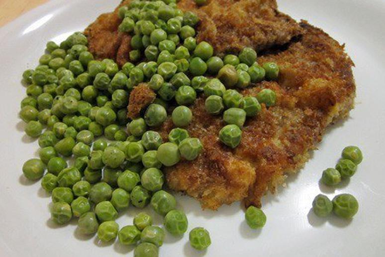 Panko-Crusted Veal Cutlet with English Peas