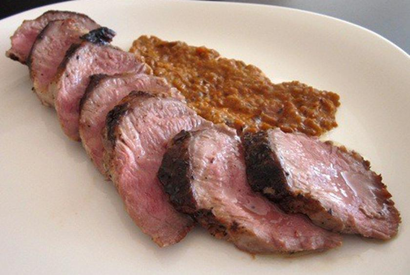 Ibérico Pork Tenderloin with Charred Red Pepper Sauce