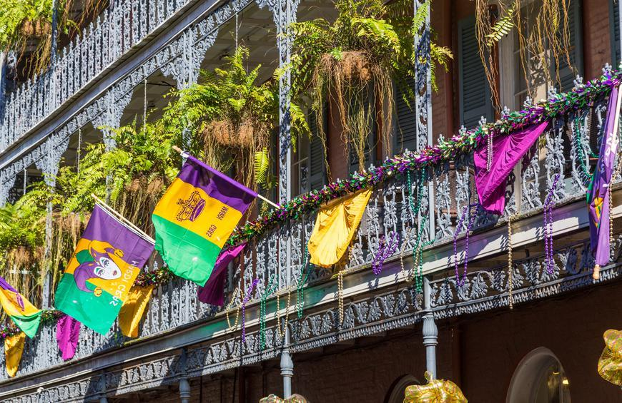 Where to Eat and Drink Along New Orleans Mardi Gras Parade