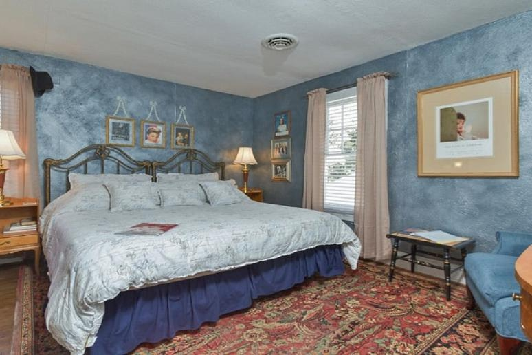 Delaware: Bewitched & BEDazzled (Rehoboth Beach)
