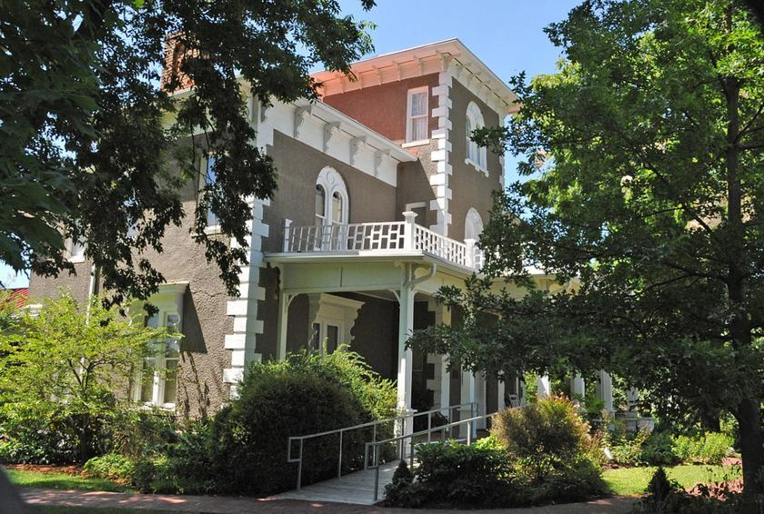 Arkansas:  Peel Mansion (Bentonville)