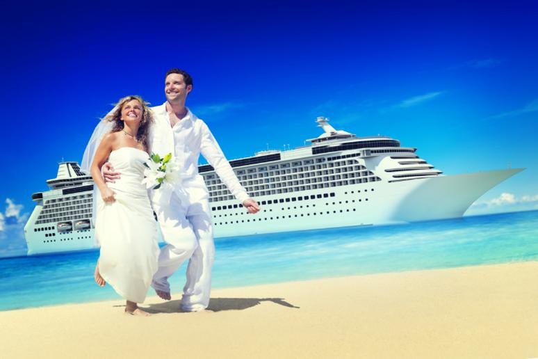 Why Consider a Wedding at Sea