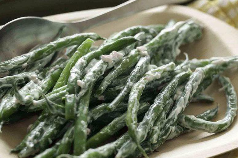 Green Beans with Tangy Shallot-Yogurt Sauce