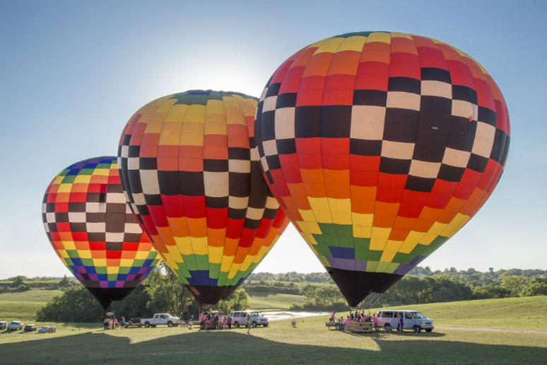 Iowa – Take part in the National Balloon Classic in Indianola