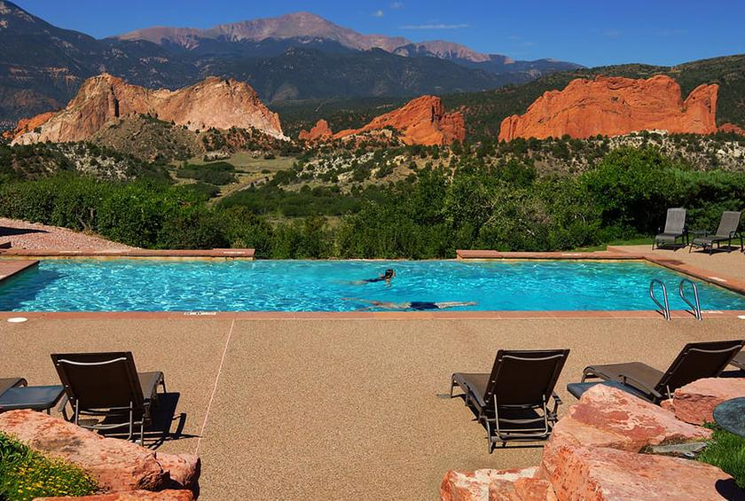 The 30 Best Hotel Pools In America Gallery