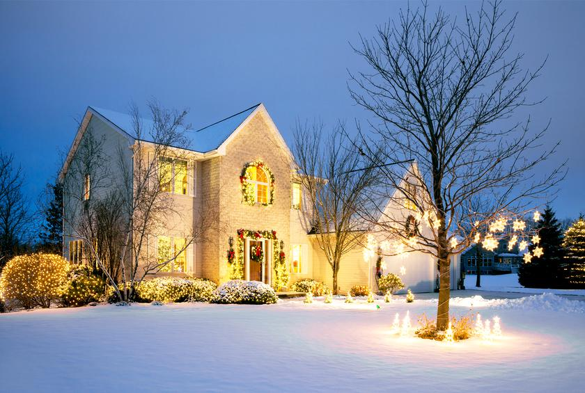 best small towns for christmas lights